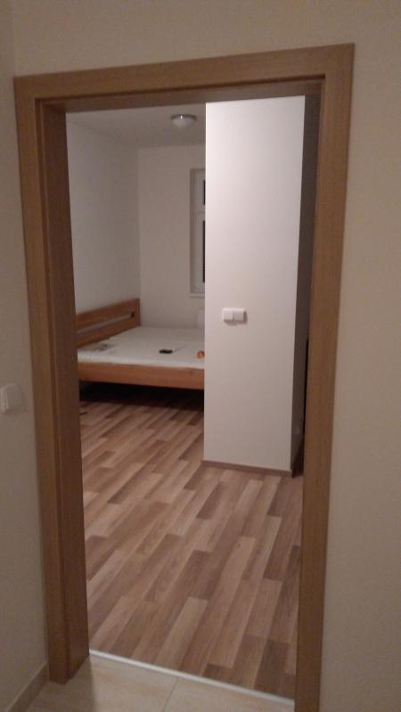 pohled do ložnice - Byt k pronajmutí Praha