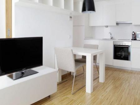 Pronájem bytu  - Byt k pronájmu Praha