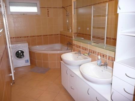 Koupelna - Byt k pronájmu Praha